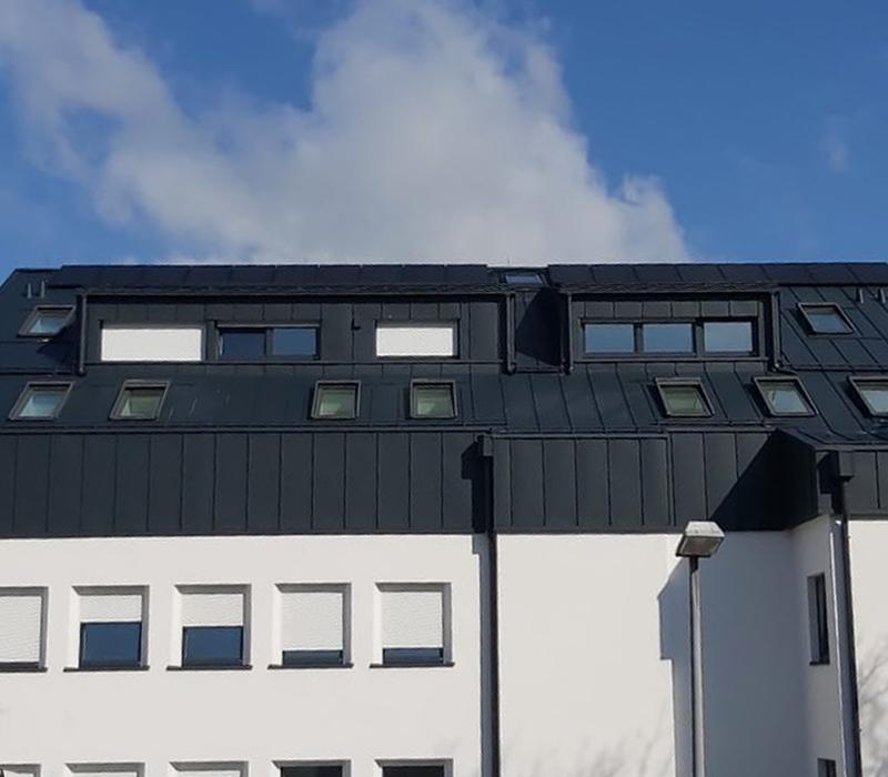 karl-goepfert-referenz-errichtung-blechdach-schuelerheim-wasserburg-am-inn-beitragsbild