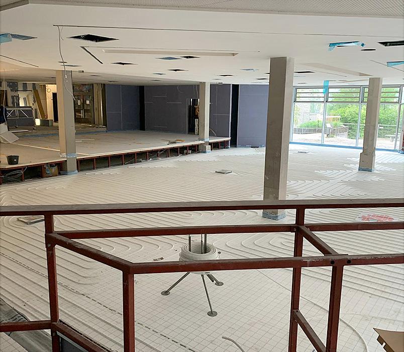 karl-goepfert-referenz-fussbodenheizung-sanierung-aula-gymnasium-wasserburg-beitragsbild